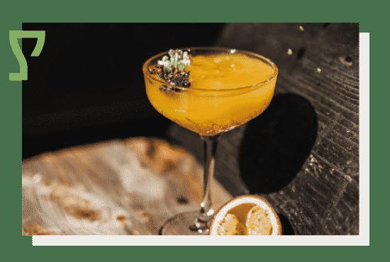 Alkohole - alkohole japońskie, wina, koktajle i piwa. Oryginalne i starannie dobrane. Photo by Nat Kontraktewicz - https://kontraktewicz.com/