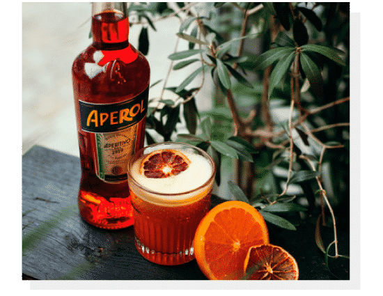 Alkohole mocne - Aperol. Photo by Nat Kontraktewicz - https://kontraktewicz.com/
